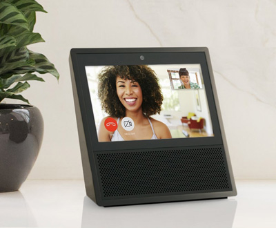 amazon echo show alexa lernt sehen sprachassistenten news. Black Bedroom Furniture Sets. Home Design Ideas